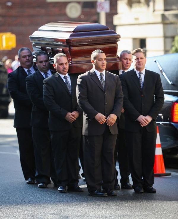 1391843367_Philip-Seymour-Hoffman-funeral-3122708