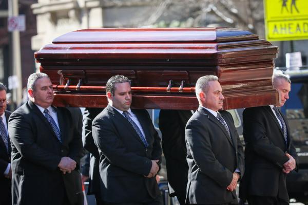1391843368_Philip-Seymour-Hoffman-funeral-3122709