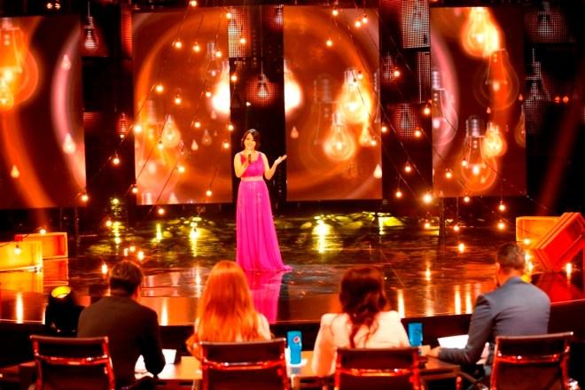 MBC1 & MBC MASR Arab Idol S3 - Live Round -  Manal Moussa (1)