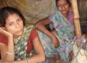 11-07-13 mahila patthar