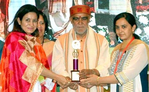 दिल्ली में सरकारी स्वास्थ्य केन्द्रों को सम्मानित किया गया