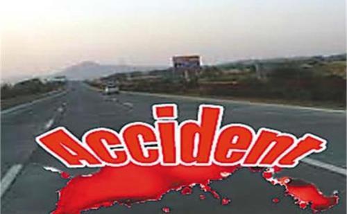 झारखण्डमें दुर्घटना में आधा दर्जन लोग घायल