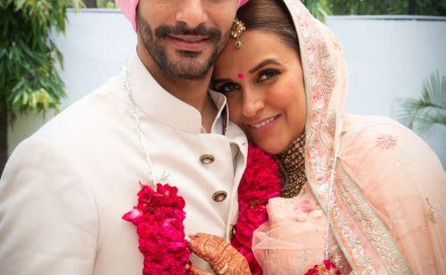 नेहा धूपिया और अंगद ने गुपचुप तरीकें से रचाई शादी
