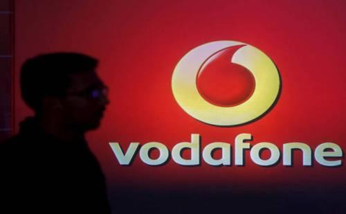 वोडाफोन देगा 500mb 4 जी डेटा की सौगात, यूजर्स को मिलेगा फायदा मात्र 1रुपये में।