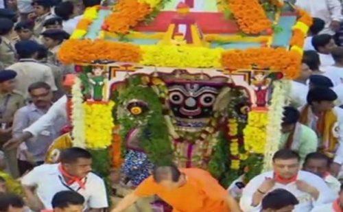 भगवान जगन्नाथ की 141वीं रथयात्रा का इस प्रकार हुआ शुभारंभ