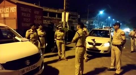 भिवानी पुलिस ने चलाया नाइट डोमिनेशन, रात भर जागती रही पुलिस