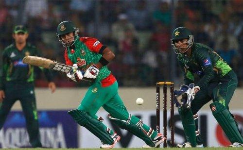 बांग्लादेश से हारने के बाद पाक टीम को मिली सलाह, संभल कर जाना पाकिस्तान