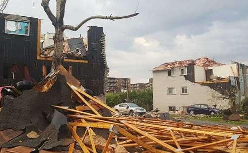 कनाडा में आए टॉरनेडो तूफान ने बढ़ाई लोगों की मुश्किलें