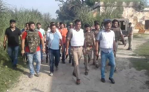 अलीगढ़ पुलिस पर फायरिंग कर भाग रहे बदमाश ढेर