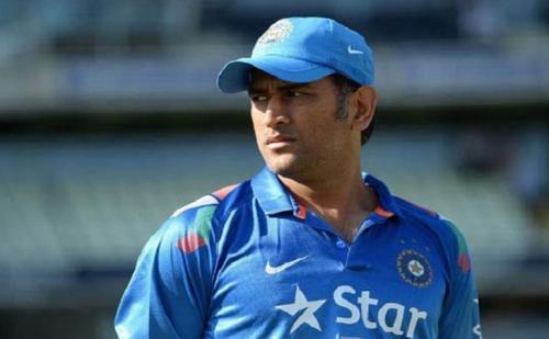 टीम इंडिया के स्टार खिलाड़ी  महेंद्र सिंह धोनी की टीम में वापसी