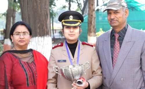 हिमाचल: नालागढ़ की अमृतांजलि सेना में बनी लेफ्टिनेंट