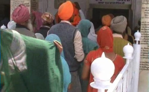 मैड़ी में सुप्रसिद्ध होला मोहल्ला मेले का हुआ आगाज, पहने दिन उमड़ा जनसैलाब