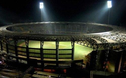 वानखेड़े स्टेडियम पर मंडरा रहा है खतरा, जानिए क्या है मामला ?