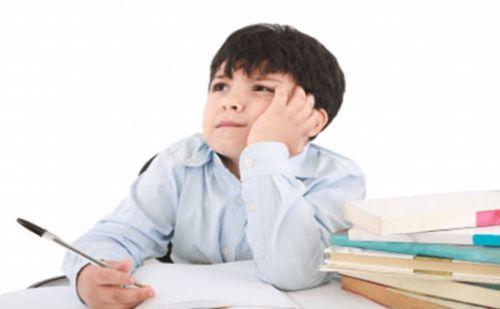एग्जाम टाइम में अगर बच्चे का मन पढ़ाई में नहीं लग रहा है तो जरुर ट्राई करें ये वास्तु टिप्स…..