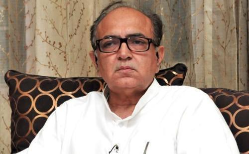 कांग्रेस के प्रत्याशी कैप्टन अजय यादव ने डाला वोट, राव इंद्रजीत पर साधा निशाना