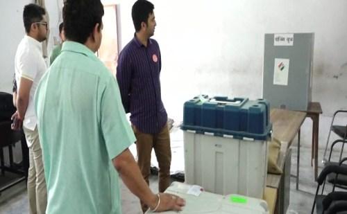 मतदान के लिए ऊना जिला तैयार, 512 मतदान केंद्रों पर 4,11,828 मतदाता डालेंगे वोट