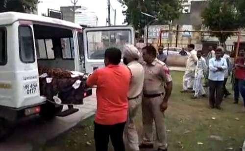 करनाल में सीएम हाउस के पास क्षत-विक्षत हालत में मिला युवक का शव, मौके पर पहुंची पुलिस