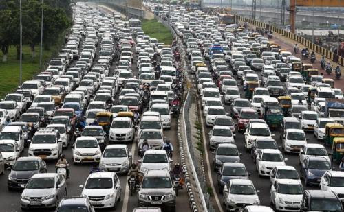 तनाव और हाई ब्लड प्रेशर का कारण बन रहा है ट्रैफिक जाम