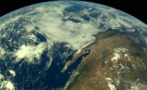 ISRO ने चंद्रयान-2 से खींची गई पृथ्वी की पहली तस्वीर भेजी