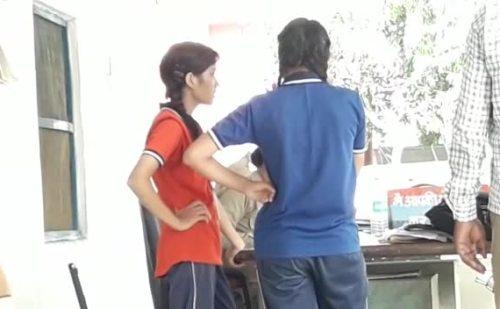 रुड़की : शिक्षक पर स्कूल की छात्राओं ने लगाया छेड़छाड़ का आरोप
