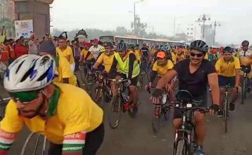 श्री गुरु नानक देव जी के 550वें प्रकाश पर्व पर पंजाब सरकार ने निकाली साइकिल रैली