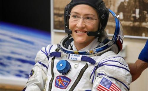 अंतरिक्ष यात्री क्रिस्टीना कोच अंतरिक्ष में सबसे ज्यादा समय तक रहने वाली महिला बनी