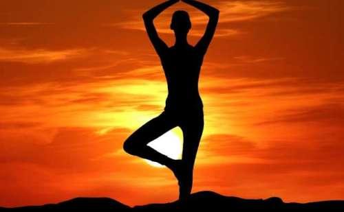 अब आपको बताते हैं योग का हमारे जीवन में क्या महत्व है