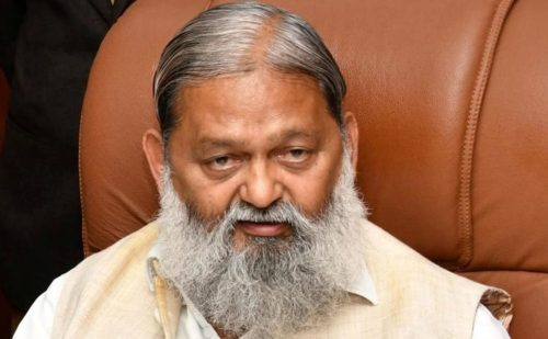 हरियाणा के स्वास्थ्य मंत्री अनिल विज का गंभीर आरोप, दिल्ली सरकार ने लूटा ऑक्सीजन टैंकर