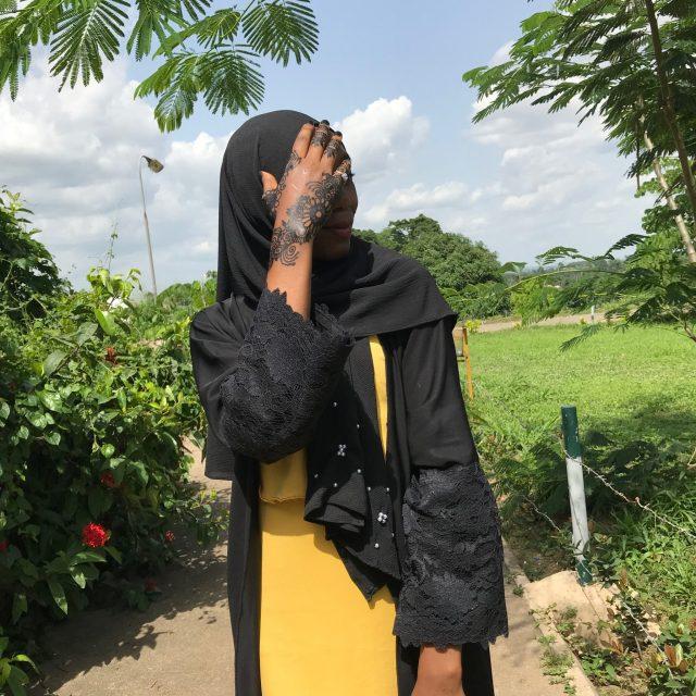 black-hijab-henna-statement-ring
