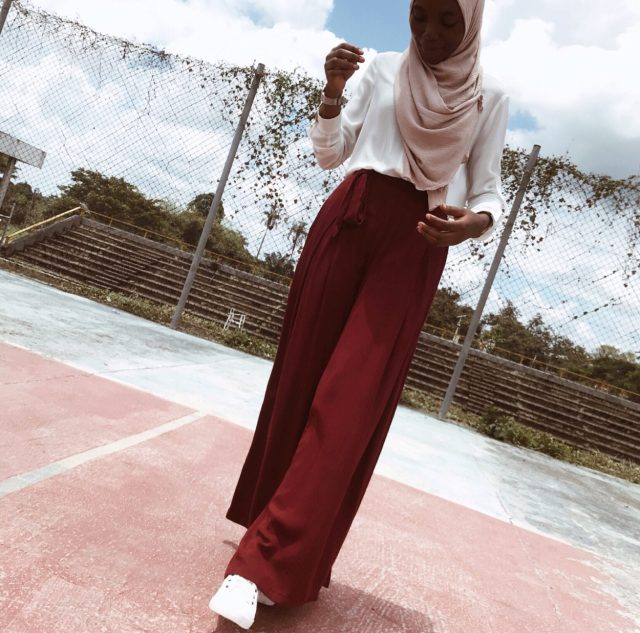 white-shirt-burgundy-pants-nude-scarf-modest-fashion-work-outfit-inspiration
