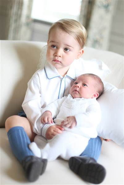 Princess Charlotte with Prince George 34