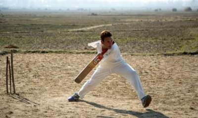 Kashmiri man without boths arms plays cricket with feet becomes cricket champion
