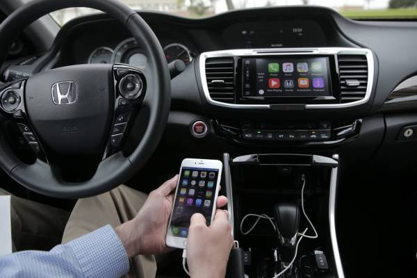 automakers-are-using-technological-advancements