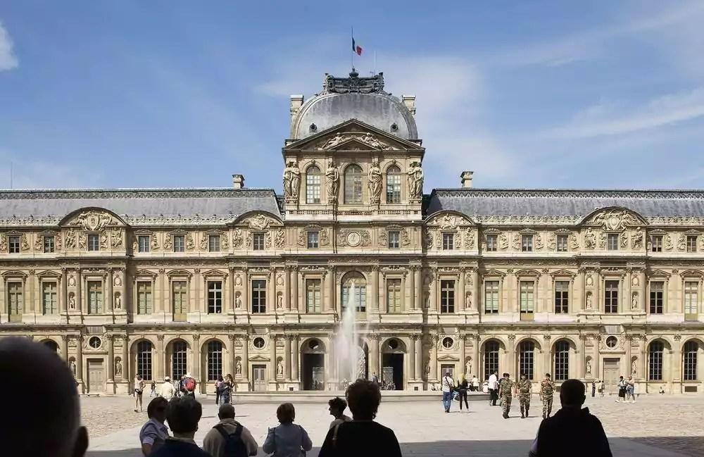 Louvre deposit