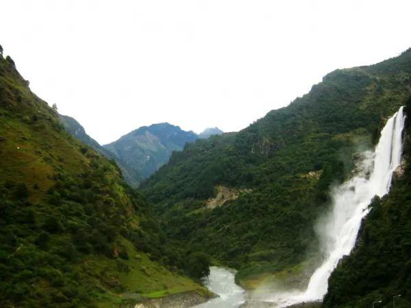 شلال ناورانانغ من اجمل شلالات الهند