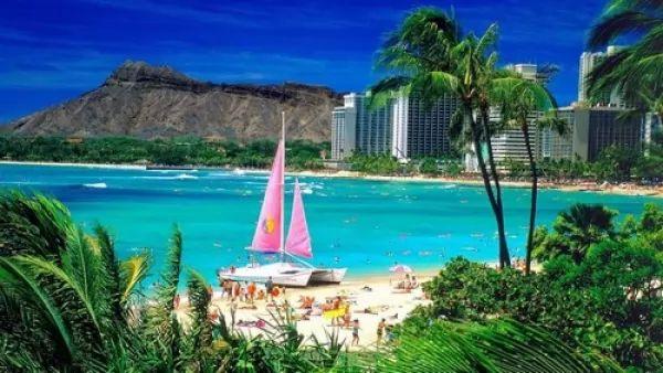 هونولولو في هاواي من اجمل اماكن سياحية في امريكا