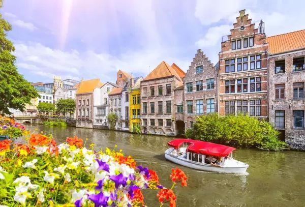 مدينة بروج من اجمل اماكن سياحية في بلجيكا