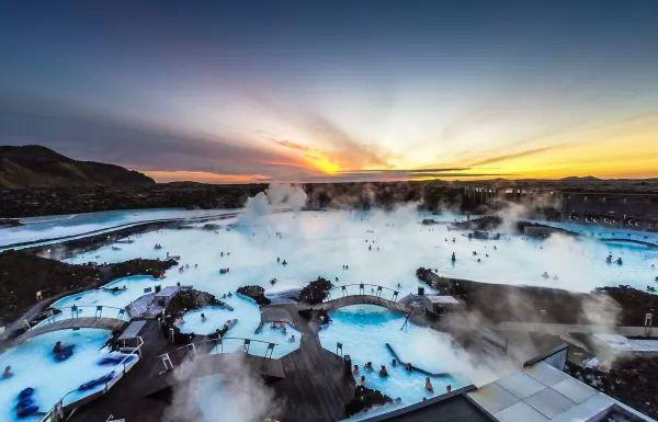 بلو لاجون من اجمل اماكن سياحيه في ايسلندا