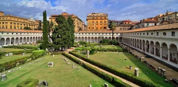 متحف كاستيل سانت أنجيلو من اشهر متاحف روما