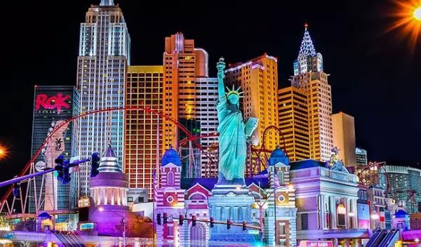 فندق نيويورك من اجمل اماكن سياحية في لاس فيغاس