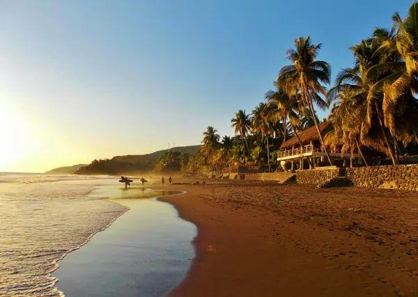 شاطئ بلايا سان دييغو، السلفادور