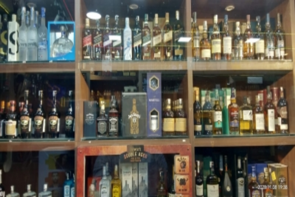 Home delivery of liquor from mobile app and website in Delhi, waiting for the excise department's flag