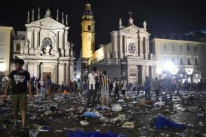 More than a thousand Juventus fans injured in stampede in Turin - TexasNepal