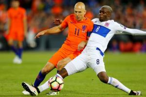 Record-breaking birthday boy Sneijder scores in Dutch win - TexasNepal