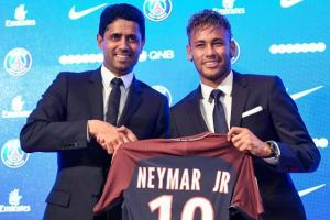 PSG sign Neymar in a world record fee - TexasNepal