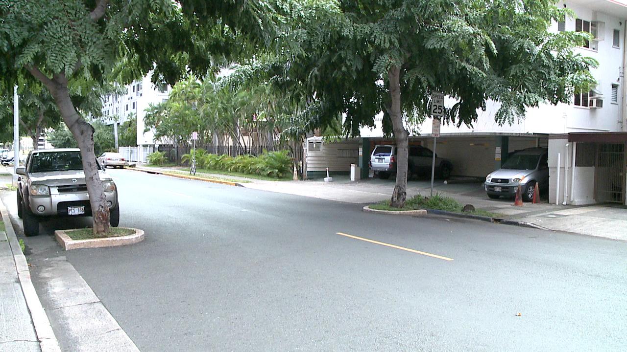 waikiki street parking (1)_80622