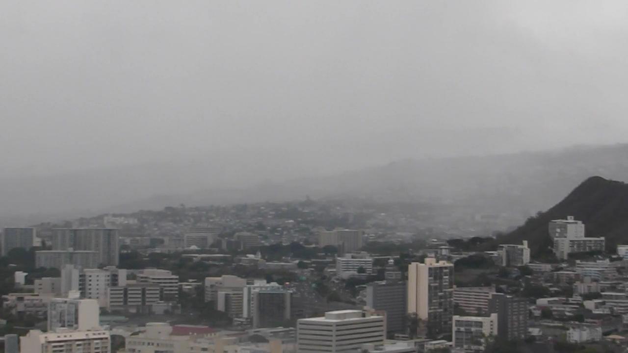 7-12 SKYCAM_haze clouds_104743