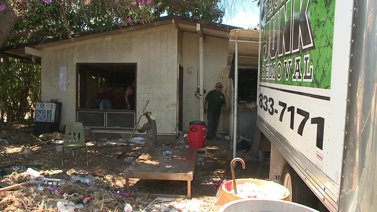 kaimuki home cleanup day three_106999