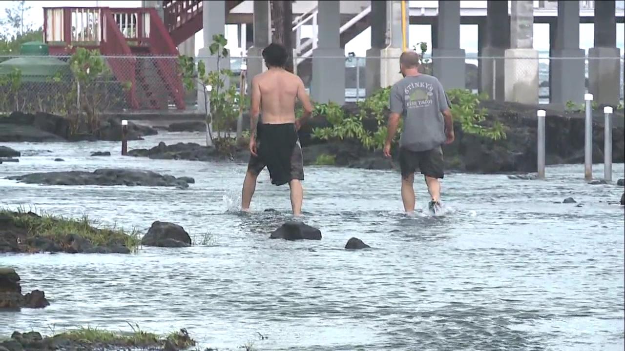 Big Island Flooding_120024