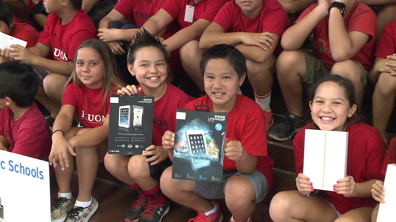pauoa elementary fifth graders ipads_125820